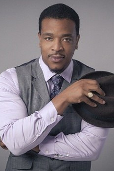 Биография Russell Hornsby